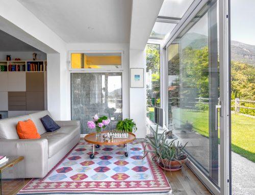 Veranda integrata per aumentare lo spazio abitabile, serra solare.  Luce naturale per vivere al meglio la casa!